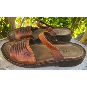 Naot Brown Sandals 37 Ladies 6